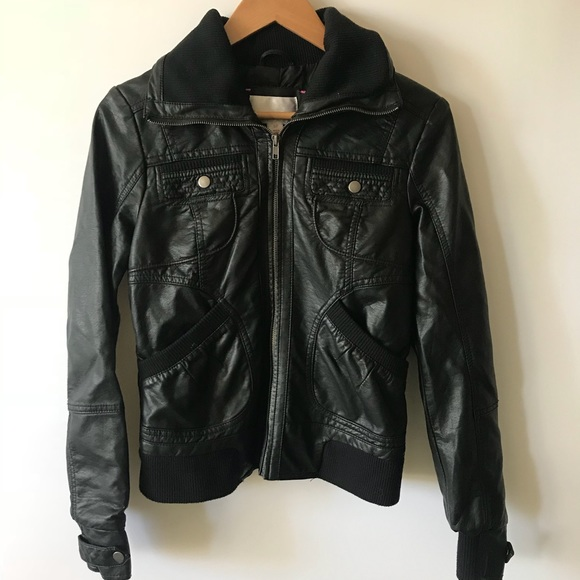 37b4776ab2d35 Xhilaration Black Faux Leather Moto Jacket Biker. M_5b8c3898bf7729b7929312a7
